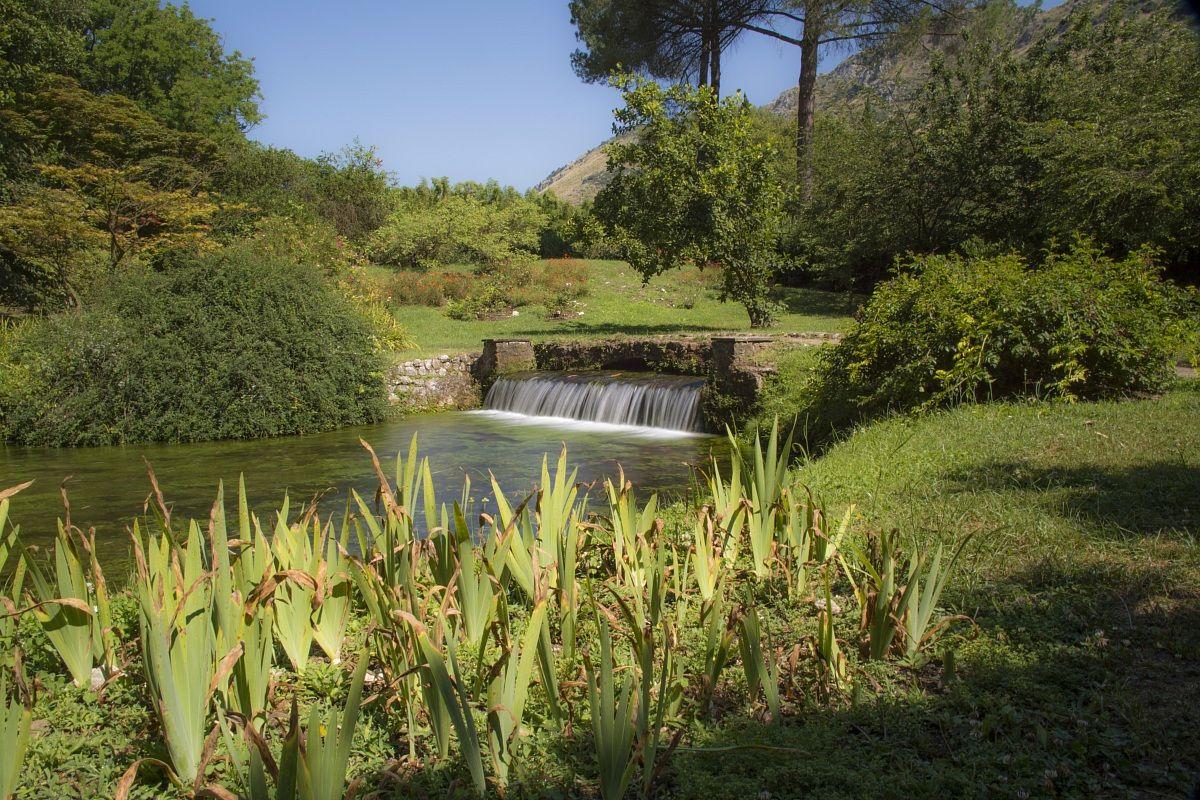 Giardini Di Ninfa By Eurialox Juzaphoto